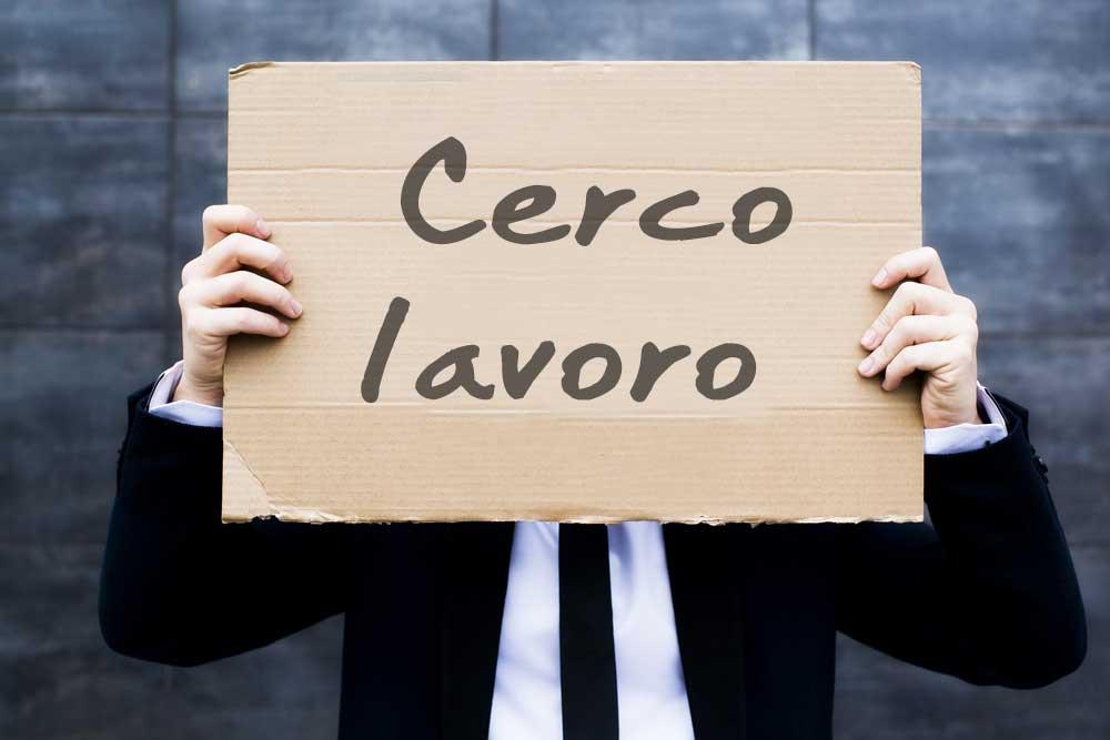 Trovare lavoro in Italia? Conviene espatriare